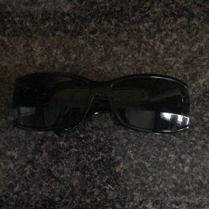 Black Gucci monogram sunglasses